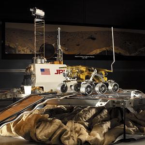 images for Engineering Model, Lander, Mars, Pathfinder-thumbnail 3