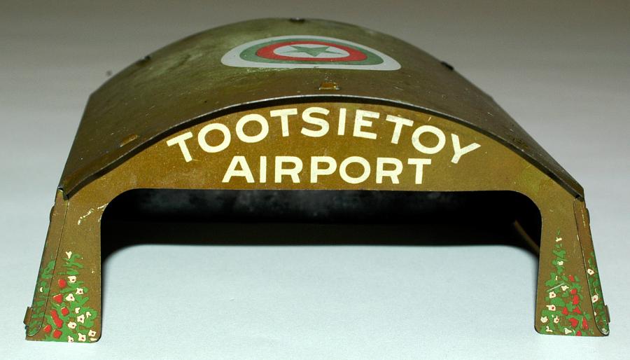 Airport Hangar, Tootsietoy