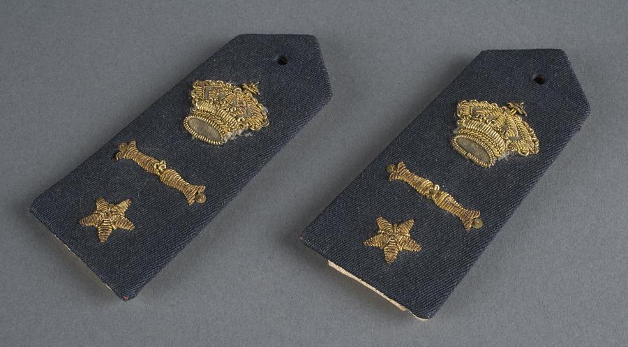 Insignia, Rank, Second Flight Lieutenant, Regia Aeronautica