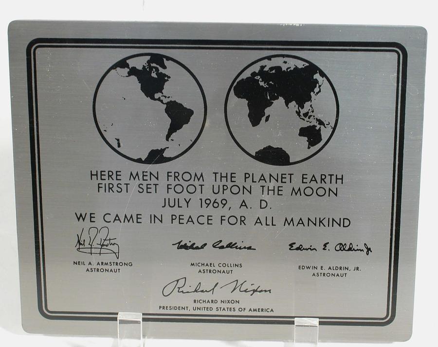 Plaque, Apollo 11, Replica