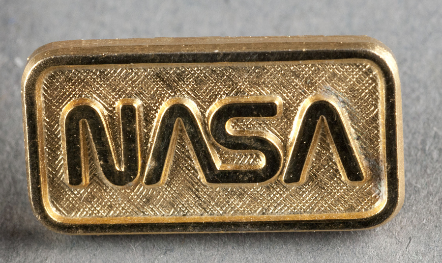 Pin, NASA Emblem ('worm'), Sally Ride