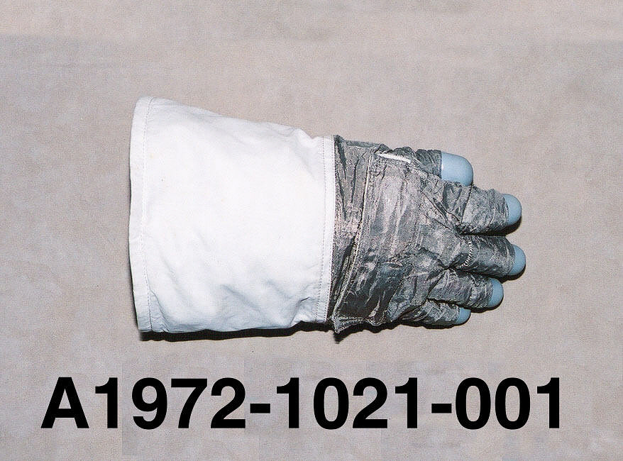 Glove, Right, A7-L, Extravehicular, Training