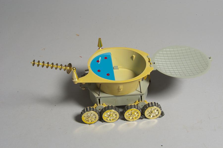 Toy, Lunokhod