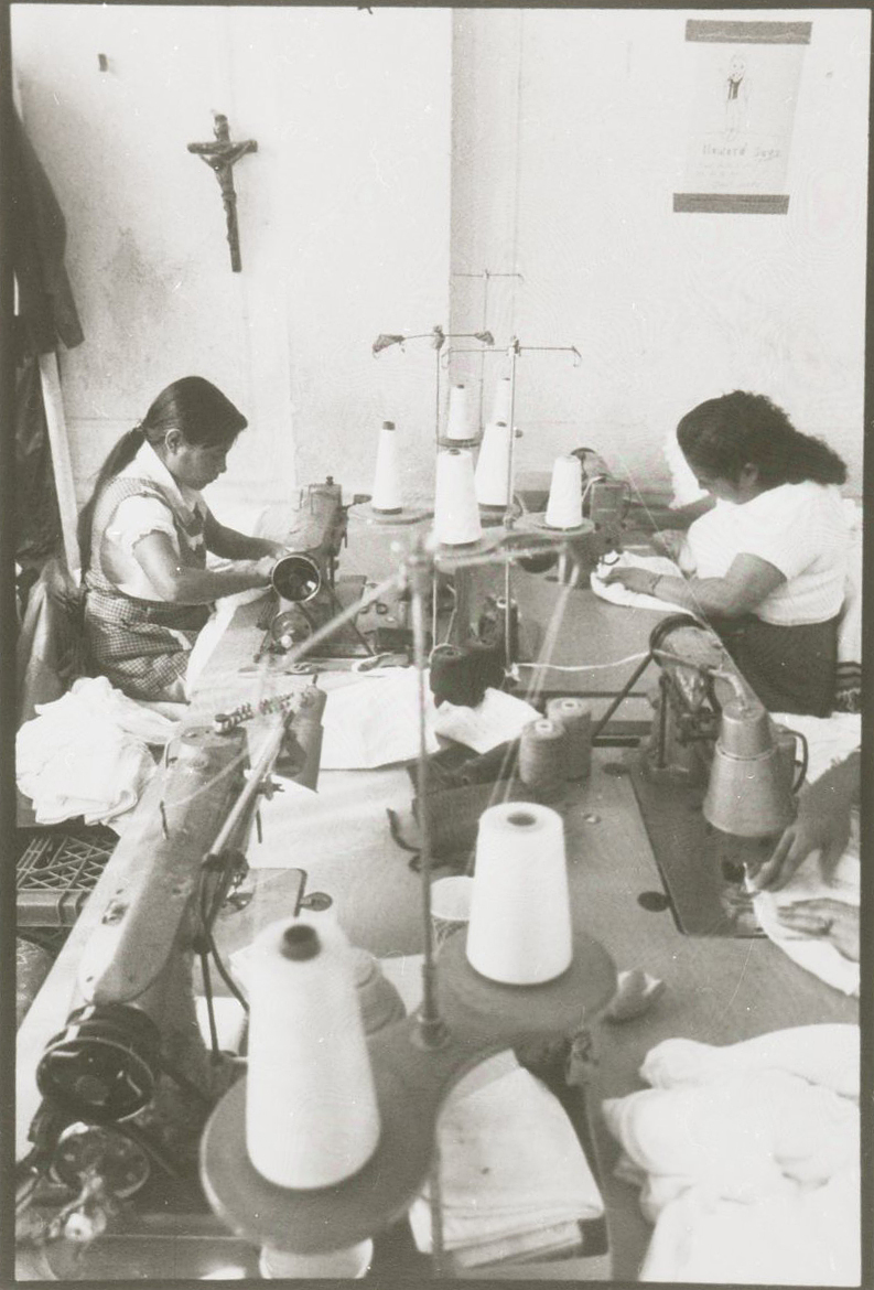 Mexican garment workers, Brooklyn, New York, 1989