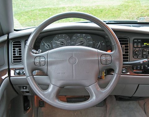 2004 Buick steering wheel equipped with an air bag