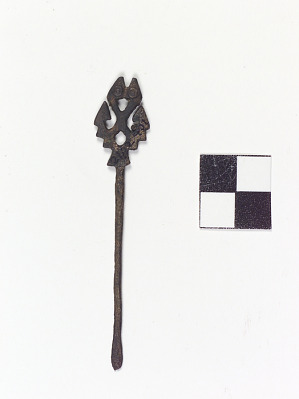 Chisel with feline finial