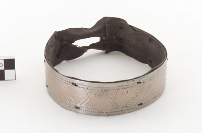 Shaman's neckband