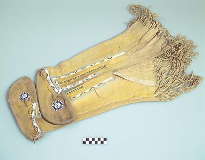 Woman's legging moccasins