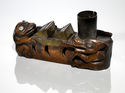 Pipe bowl representing the spirit of Lituya Bay that transforms its drowned victims into bears