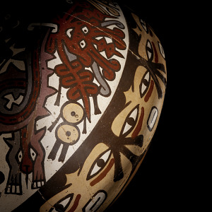 images for Double-spout-and-bridge bottle depicting faces and centipedes-thumbnail 3