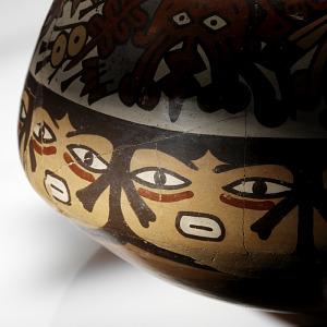 images for Double-spout-and-bridge bottle depicting faces and centipedes-thumbnail 4