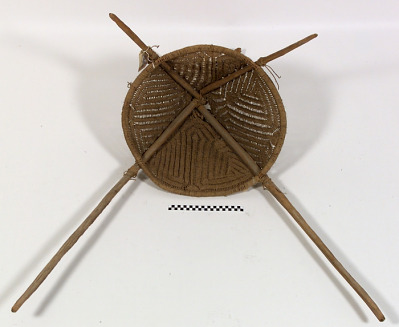Carrying net and frame