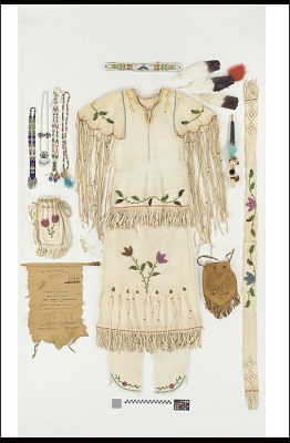 Woman's dress and accessories