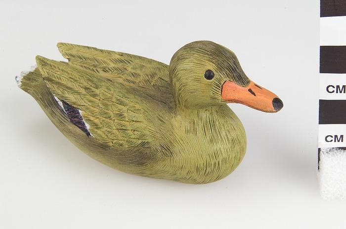 Image 1 for Female mallard duck figure