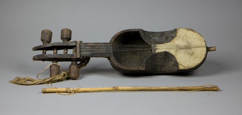 Image 1 for Sarangi (Musical Instrument)
