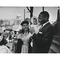 Image of Martin Luther King, Jr., wife Coretta Scott King, and their daughter Yolanda