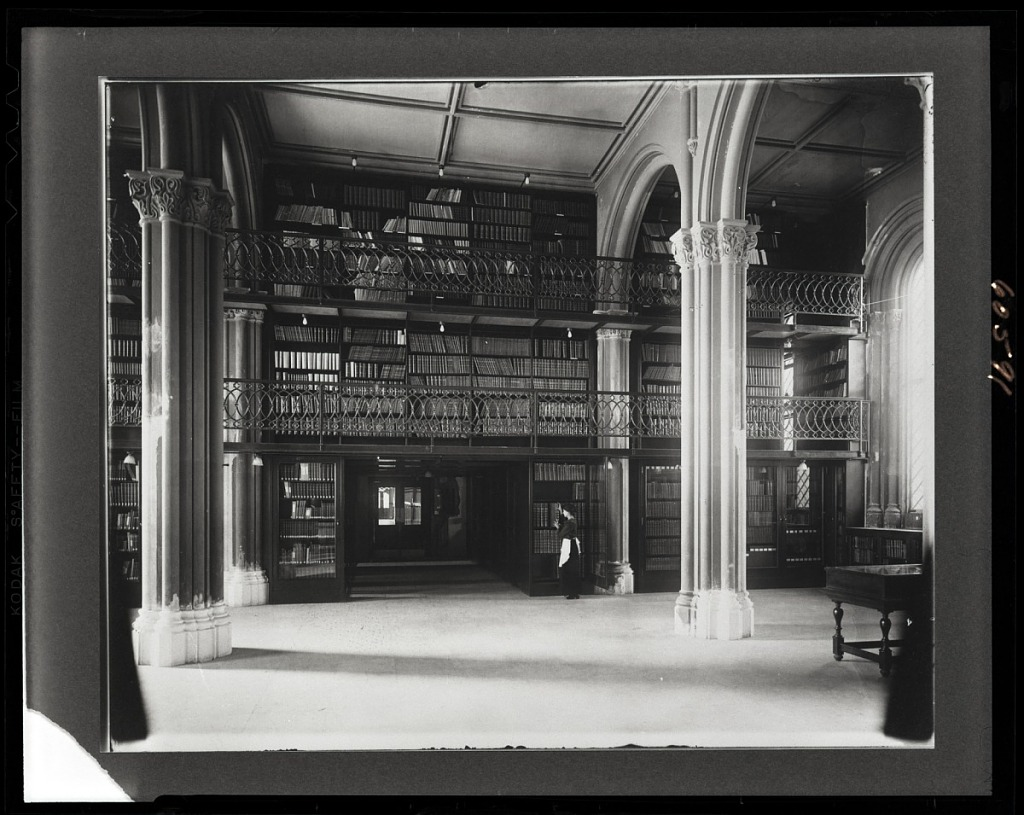 image for Library, Lower Main Hall, Smithsonian Institution Building