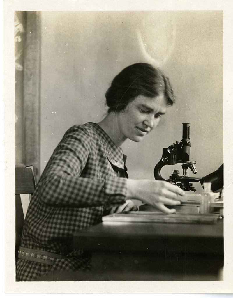 image for Margaret Mann Lesley (1891-1988)