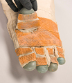 View Glove, Right Hand, Soyuz TM-17, Tsibliyev digital asset number 16