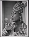 """View Photograph of Queen Latifah during the filming of """"Fly Girl"""" video digital asset number 4"""