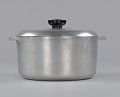 View Magnalite pot used by Chef Leah Chase at Dooky Chase restaurant digital asset number 3