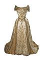 View The Wheat Dress, worn by Minnie Madden Fiske digital asset number 4