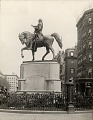 View George Washington [sculpture] / (photographed by Underwood & Underwood) digital asset number 0