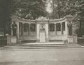 View Richard Morris Hunt Memorial [sculpture] / (photographed by Joseph Hawkes) digital asset number 0