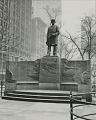 View Admiral David Glasgow Farragut Monument [sculpture] / (photographed by Ewing Galloway) digital asset number 0