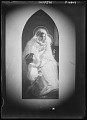 View [Miscellaneous Images in Virginia]: photograph of a painting (?) of the Madonna and Child. digital asset: [Miscellaneous Images in Virginia] [glass negative]: photograph of a painting (?) of the Madonna and Child.