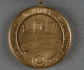View Medal, AIAA Lawrence Sperry Award (and case), Sally Ride digital asset number 1