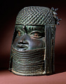 View Bronze commemorative head of an oba or king digital asset number 3