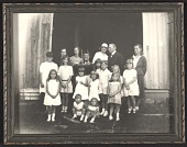 view Framed photograph of Brush family in Dublin, N.H. digital asset number 1