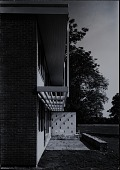 view Photograph of patio at Members' Housing Project at the Institute for Advanced Study, Princeton, New Jersey digital asset number 1
