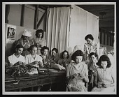 view Photograph of basketry class at the Delta Art Center, Greenville, Mississippi digital asset number 1