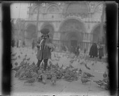 view Dines Carlsen feeding pigeons digital asset number 1