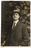 view Sara R. Currie papers about Alfred Lenz, 1899-1926 digital asset number 1