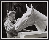 view Katherine Thayer Hobson sculpting the head of Ruffian the racehorse digital asset number 1