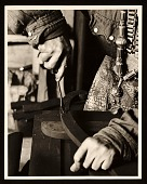 view Louise Nevelson's hands at work digital asset number 1