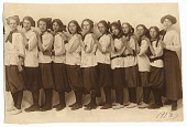 view Louise Berliawsky Nevelson with her classmates digital asset number 1