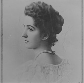 view Portrait of an unidentified woman digital asset number 1