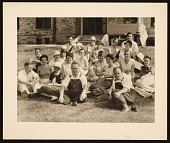 view Students and Faculty, Stone City, 1933 digital asset number 1