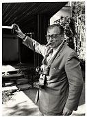 view Eero Saarinen taking photographs digital asset number 1
