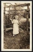 view Bessie Potter Vonnoh with parasol digital asset number 1