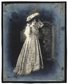 view Bessie Potter Vonnoh in a brocaded gown digital asset number 1