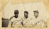 view Anacostia baseball players Eddie Berry, Eddie Brooks, [Art] Bevelry digital asset: Anacostia baseball players Eddie Berry, Eddie Brooks, [Art] Bevelry