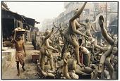 view Unpainted images of Kali, Kumartuli, Calcutta, 1985 digital asset number 1
