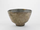view Hagi ware tea bowl in the shape of a Korean tea bowl digital asset number 1