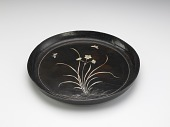 view Tray with narcissus decoration in mother-of-pearl digital asset number 1