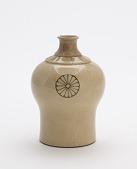 view Taizan ware sake bottle for domestic Shinto shrine digital asset number 1